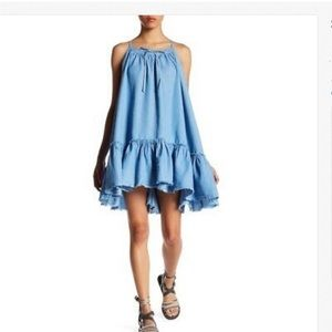 NWOT Romeo & Juliet couture tiered, ruffled dress